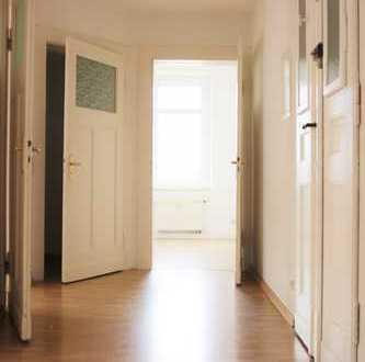 Familien aufgepasst ! 4-Raumwohnung ! Schöne, geräumige Altbau-Wohnung in Leipzig-Wahren