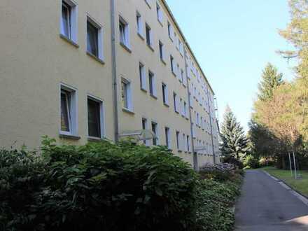 Renovierte 3- Raum-WE mit EBK und tollem Fernblick....