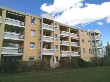 Brück Immobilien - TOPMIETER - Oberstes Stockwerk! Ruhige, helle 2-Zi-Wohnung