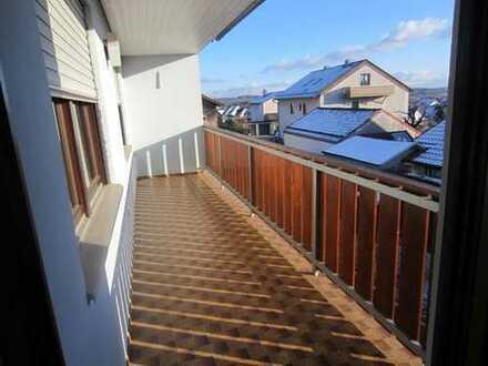 Neu renovierte 5-Zimmerwohnung mit Balkon und Garten