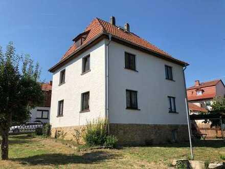 Kranichfeld-modern renovierte 2 Zimmer in gegflegten 2 Fam. Haus, direkt vom Eigentümer zu vermieten