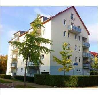 Gepflegte Wohnung mit einem Zimmer sowie Balkon und EBK in Freiburg