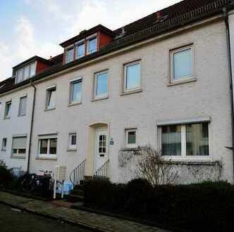 Derzeit vermietete preiswerte 2,5-Zimmer-DG-Wohnung zum Kauf in Bremen
