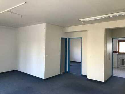 Preisgünstige 2-Zimmer Wohnung in zentraler Lage
