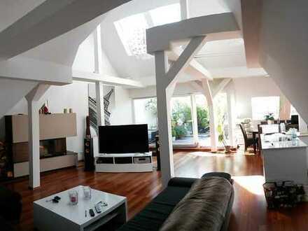 Luxuriöse 5- Zimmer Wohnung in Top-Lage von Nürnberg- St. Johannis