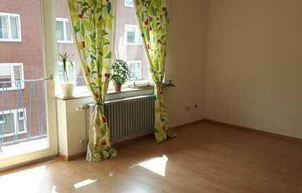 Mitbewohnerin gesucht für meine schöne, helle ,geräumige WG-Wohnung nahe Aachens Innenstadt. ab sof