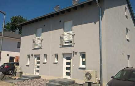 Neubau Doppelhaushälfte mit drei Zimmern in Germersheim (Kreis), Minfeld