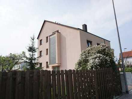 Klasse 4 Zimmer DG-Maisonette-Wohnung in Dietzenbach