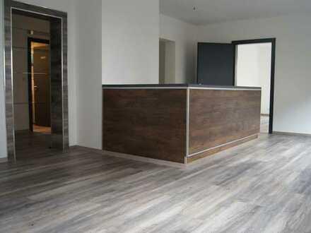 Top moderne & renovierte 3 Zimmer Wohnung