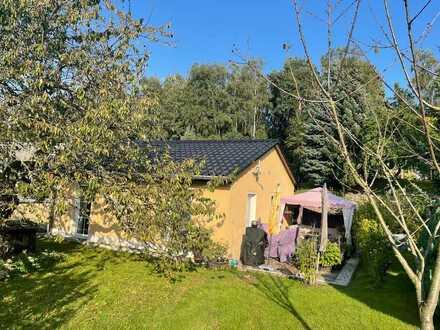 Neuwertiges Einfamilienhaus mit zwei Zimmern und Einbauküche in Oberschöna, Oberschöna