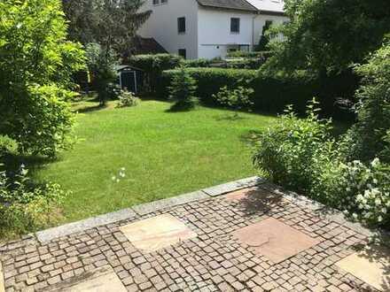 Ruhige 3 ZKB Wohnung mit großem Garten