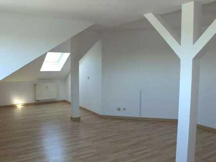 Geräumige 3-Zimmerwohnung in Lengefeld zur Vermietung