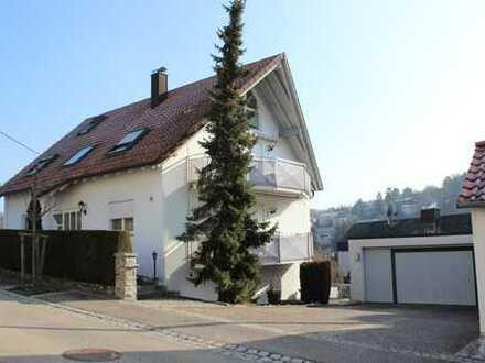 2-Familienhaus mit Einliegerwohnung in 71735 Eberdingen
