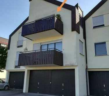 Stilvolle, geräumige 1-Zimmer-Wohnung mit Balkon und EBK in Winnenden