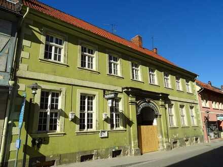 Citylage Königslutter * Erstbezug nach Sanierung * Exklusives Wohnen im Vierseitenhof WE 1