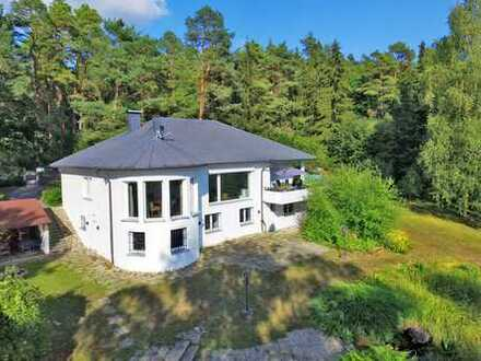 Gehobenes Wohnen und Arbeiten unter einem Dach, direkt am Waldrand