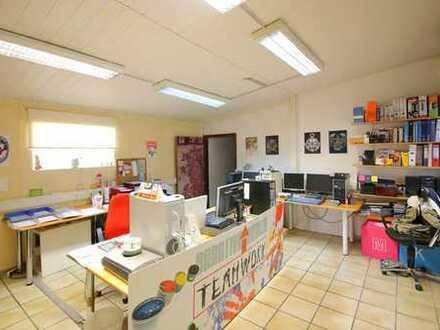 Büro- Praxisräume mit Gewerbehalle und schönem Haus