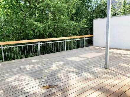 Schwabing - 5 Zimmer - große Terrasse - komplett saniert - keine Provision
