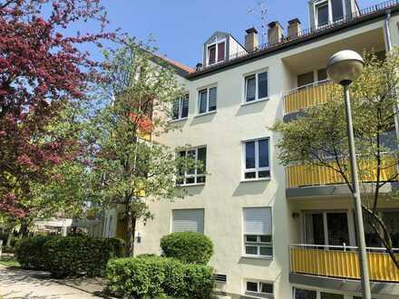 Helle 2 Zi.-Maisonnette-Wohnung in Unterschleißheim (S-Bahn S1)