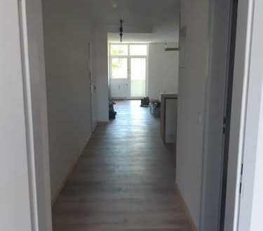 Vollständig renovierte 1,5 Zimmer Wohnung mit EBK Nähe Harras, Sendling