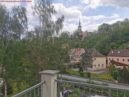 Großzügige Wohnung mit Balkon und Tiefgarage