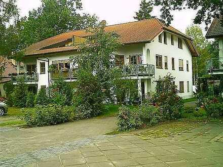 2-Zimmer-Dachgeschosswohnung auf idyllischem Wassergrundstück am Krüpelsee!