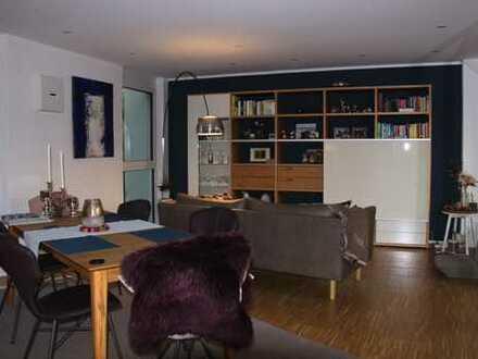 Neuwertige 4-Zimmer Traumwohnung mit Balkon und Einbauküche in Pfaffenhausen