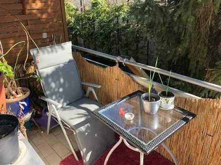 Gepflegte, sonnige 3-Zimmer-Wohnung mit Balkon in Hannover Limmer