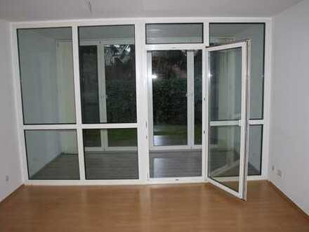 Freundliche, vollständig renovierte 3,5-Zimmer-EG-Wohnung zur Miete in Herzogenrath Mitte
