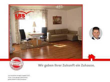 EG-Wohnung mit Terrasse in ruhigem 6 Parteienhaus!