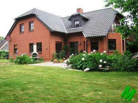 + Maklerhaus Stegemann + großzügiges Familienhaus für Pferdeliebhaber bei Neubrandenburg