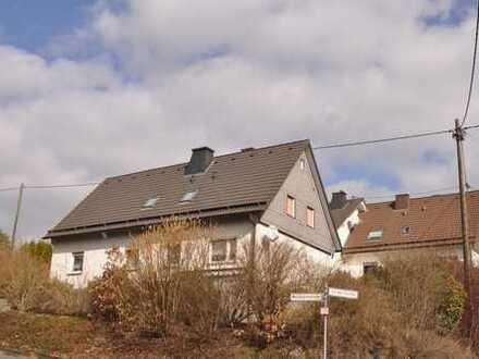 Fellinghausen, großzügiges Wohnhaus in sonniger Bestlage