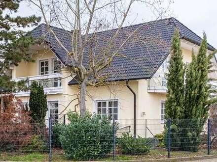 Sehr schönes gepflegtes Einfamilienhaus für Gewerbetreibende