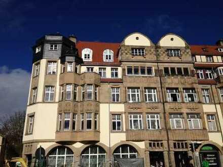 Villenstrasse Nähe Bahnhof ** ca. 140 m² ** gr. Glasfront