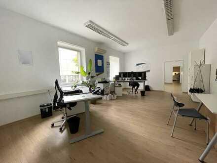 Klimatisierte Bürofläche | | ca. 105 m² | | ruhige und zentrale Lage