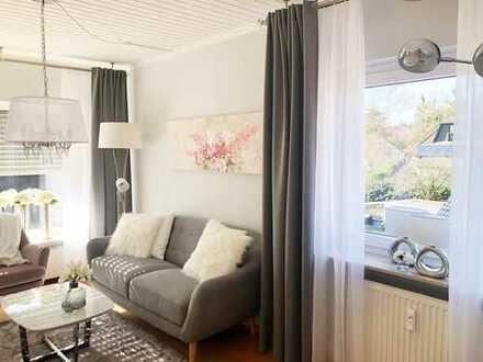 Vollmöblierte moderne 2 Zimmer Wohnung mit Penthouse - Charakter!!!