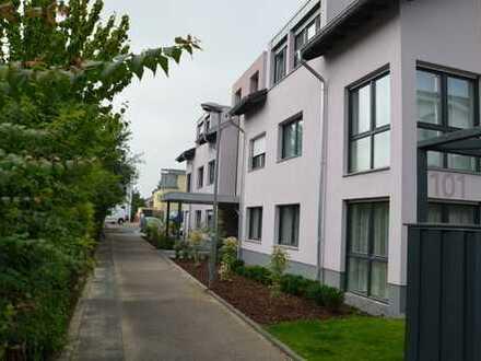 Moderne, barrierefreie 4 Zimmer-Wohnung mit Balkonterrasse im Herzen von Lechenich!
