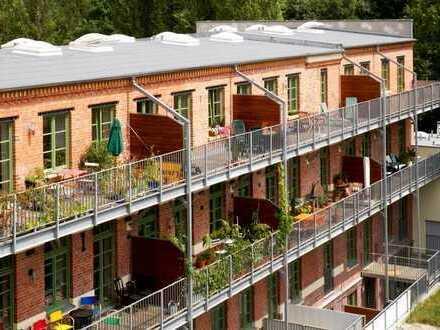 Schokoladenfabrik: Loft mit Balkon und Hofgarten