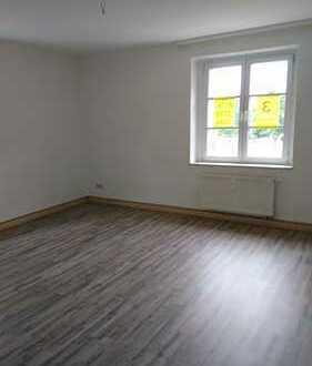 wunderschöne 3-Raum-Wohnung in zentraler Lage