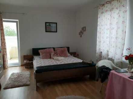 Gewerbeimmobilie / 3 Zimmerwohnung in 24148 Kiel-Ellerbek