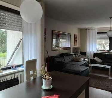 Möblierte 4 Zimmerwohnung mit Balkon und Einbauküche im Bergwald