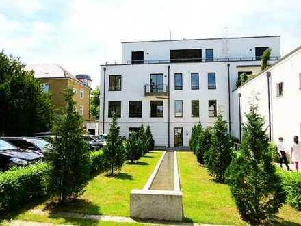 SCHLACHTENSEE, NEUBAU, großzügige Wohnung mit Balkon, Parkett, exklusives Bad, Küchenzeile,Fahrstuhl