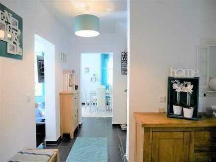 ** Neuwertiges Einfamilienhaus in ruhiger Lage von Schwabach mit großer Sonnenterrasse **