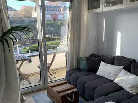 2-Zimmer-DG-Wohnung mit Einbauküche in Mainz in absoluter Prime-Lage