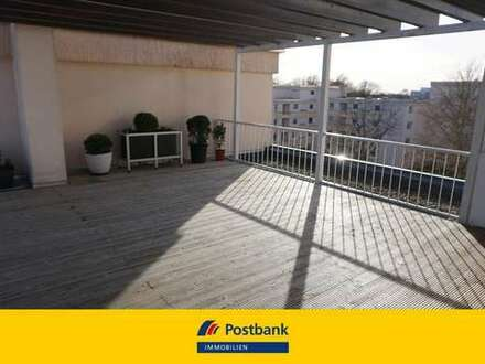 Schöne Maisonette-Wohnung mit großzügiger Dachterrasse und 2 Stellplätzen