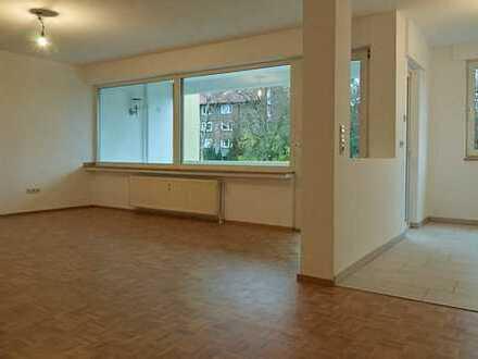 Wunderschöne, helle, vollständig renovierte 3 -Zimmer-Wohnung mit Loggia in Bochum-Gerthe