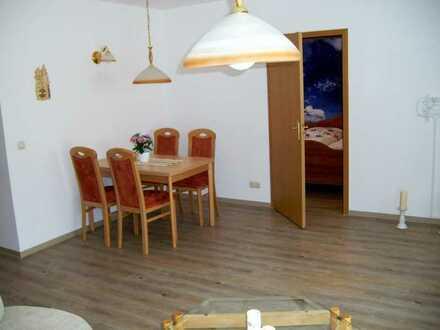 ruhige untere Etage im Doppelhaus