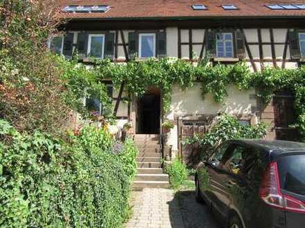 Modernisierte 3-Zimmer-Maisonette-Wohnung 73qm mit EBK in Eberdingen