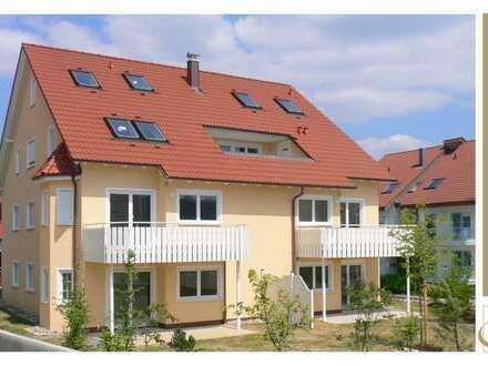 Wohnen in WILLSBACH - 3,5 Zimmer mit Terrasse und Gartenanteil, EBK, TG-Stellplatz in ruhiger Lage
