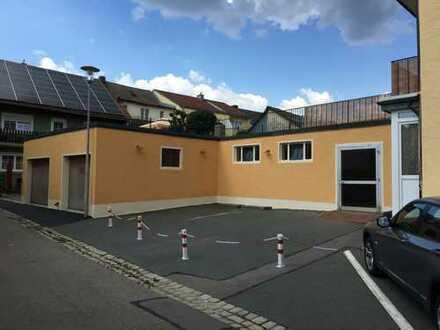Garagen, Oldtimer-Ausstellungsraum, Platz f. 11 PKW im EG, 3 Aussenstellpl, Lagerhalle, 310 m² EG+KG
